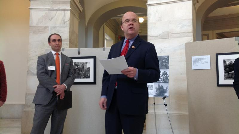 Representative James McGovern addresses a MAG America event on Capitol Hill commemorating the International Day for Mine Awareness and Mine Action (c) Human Rights Watch, April 2014